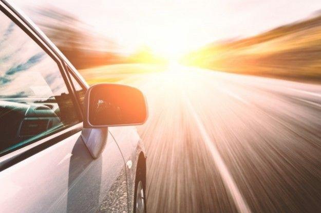 alquilando un coche para ir al aeropuerto de málaga